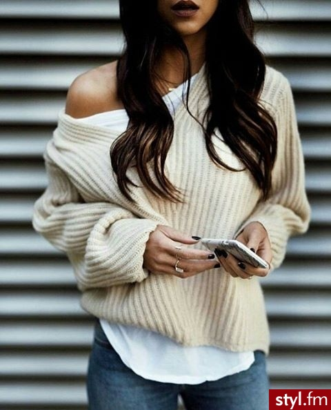 Swetry Ciuchy Moda