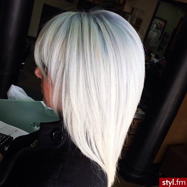 Blond Rozpuszczone Proste z grzywką Na co dzień Średnie Fryzury