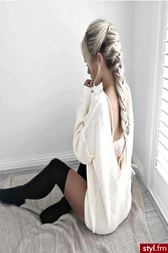 Blond Warkocze Proste Wieczorowe Długie Fryzury