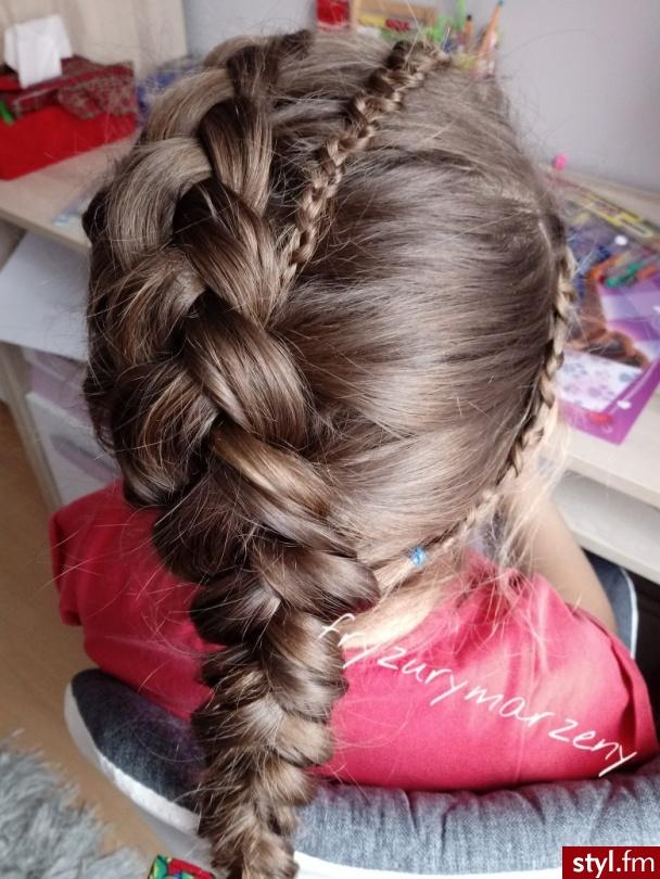 Warkocz holenderski z zipper braid - Warkocze Proste Na co dzień Długie Fryzury