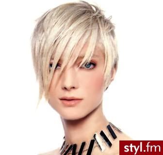 krótkie fryzury dla kobiet. Fryzury - krótkie włosy. krótkie fryzury dla kobiet - Internetowy Katalog Fryzur IKF.com.pl, propozycje fryzur na każdą okazję np. fryzury dla mezczyzn - Krótkie Fryzury