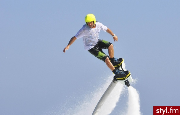 https://prezentokracja.pl/flyboard-odlotowa-przygoda - Sport i fitness