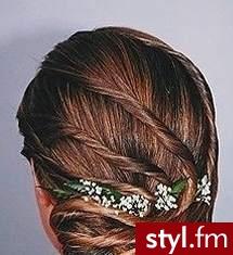 modne fryzury ślubne. Fryzury ślubne, wieczorowe. modne fryzury ślubne - Internetowy Katalog Fryzur IKF.com.pl, propozycje fryzur na każdą okazję np. fryzury weselne - Ślubne Średnie Fryzury