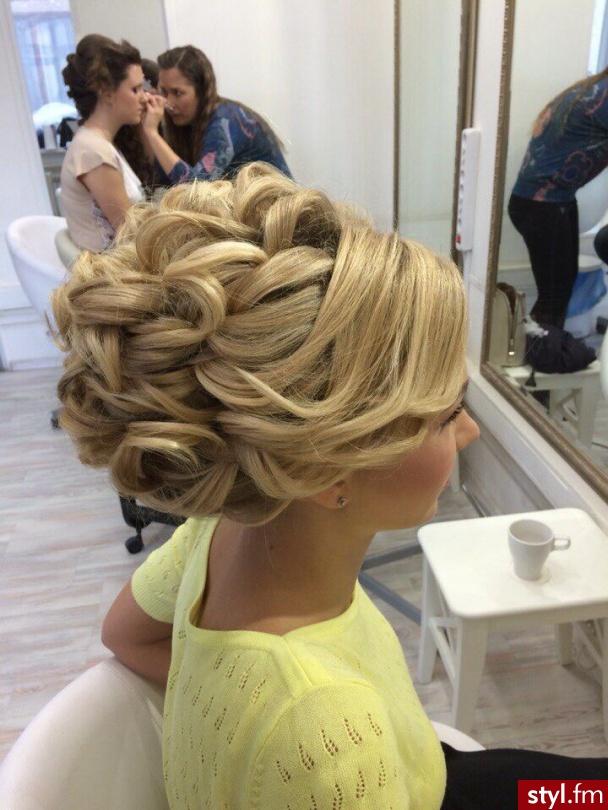 Blond Upięcie Kręcone Ślubne Długie Fryzury