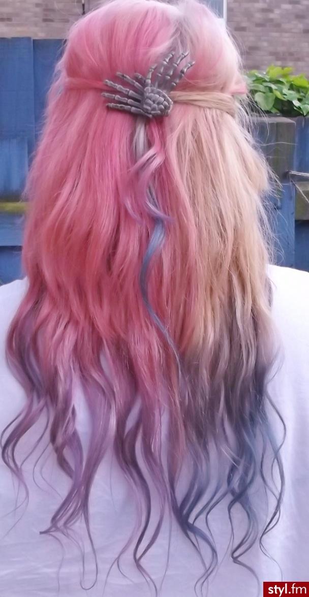 Kolorowe EMO Alternatywne Średnie Fryzury