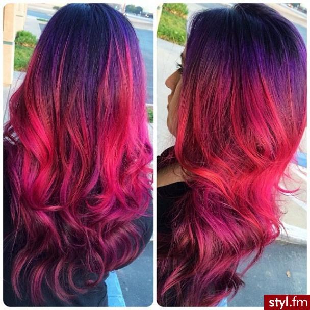 Fryzury Kolorowe Włosy Fryzury Długie Na Co Dzień Kręcone