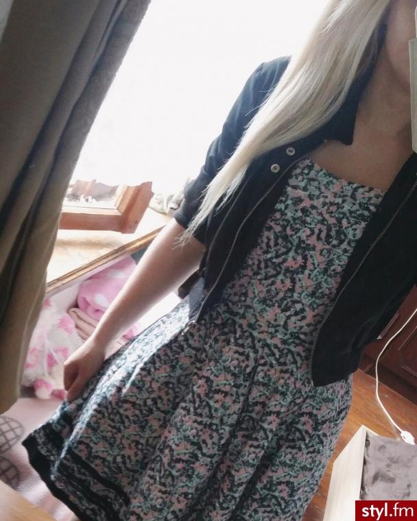 http://www.vinted.pl/damska-odziez/krotkie-sukienki/23482467-sukienka-rozkoszowana-wzory-urocza-dziewczeca-xs-s - Dzienne Sukienki Moda