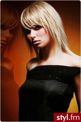 fryzury damskie grzywki. Fryzury z grzywką. fryzury damskie grzywki - Internetowy Katalog Fryzur IKF.com.pl, propozycje fryzur na każdą okazję np. fryzury cięcia - Średnie Fryzury
