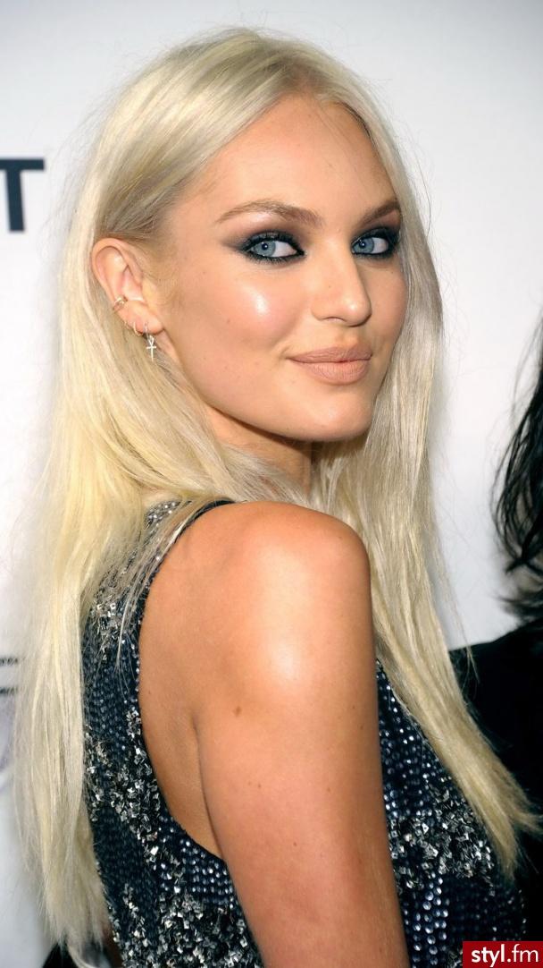 Blond Rozpuszczone Proste Fryzury gwiazd Długie Fryzury