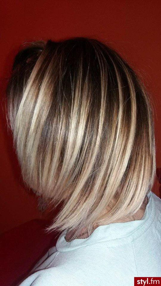 Blond Rozpuszczone Proste Na co dzień Średnie Fryzury