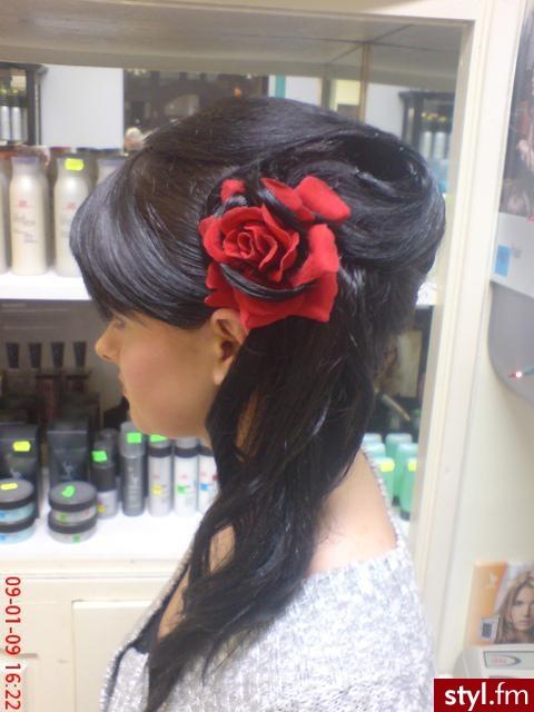 Fryzury Wieczorowe Włosy Fryzury średnie Wieczorowe Asia790 141439