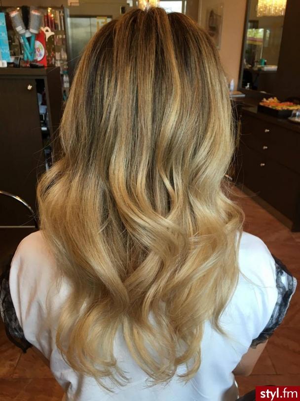 Koloryzację wykonała Małgosia - Blond Rozpuszczone Proste Na co dzień Długie Fryzury