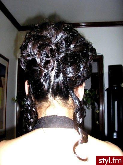 fryzury foto. fryzury foto - Internetowy Katalog Fryzur IKF.com.pl, propozycje fryzur na każdą okazję np. fryzury kręcone - Średnie Fryzury