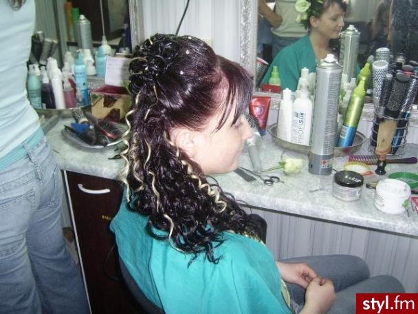 Fryzury ślubne Włosy Fryzury średnie ślubne Czakinka 67287