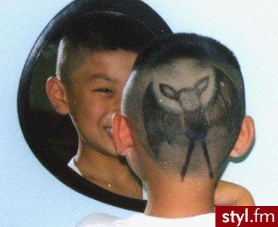 wzory na głowie. Fryzury dla odważnych. wzory na głowie - Internetowy Katalog Fryzur IKF.com.pl, propozycje fryzur na każdą okazję np. modne fryzury damskie - Punk Rock Alternatywne Średnie Fryzury