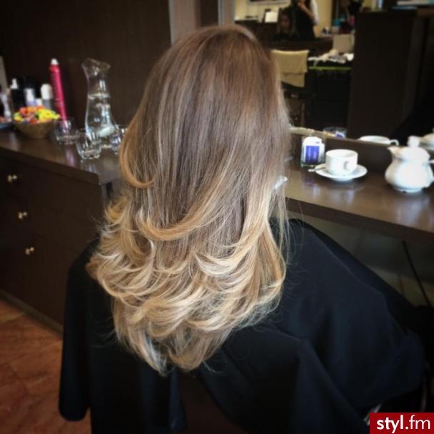 Koloryzacja z Olaplex - Blond Rozpuszczone Proste Wieczorowe Długie Fryzury