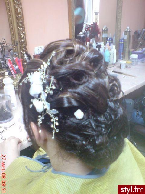 Fryzury ślubne Włosy Fryzury średnie ślubne Czakinka 55963