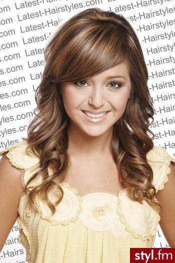 Brązowe Włosy Ze świetlistymi Refleksami Strona 214487