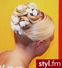 fryzury galeria. Fryzury ślubne, wieczorowe. fryzury galeria - Internetowy Katalog Fryzur IKF.com.pl, propozycje fryzur na każdą okazję np. karnawałowe fryzury - Ślubne Średnie Fryzury