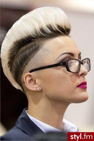 Blond Tribale - wzory na głowie Alternatywne Krótkie Fryzury