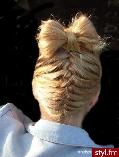 Blond Upięcie Proste Na co dzień Średnie Fryzury