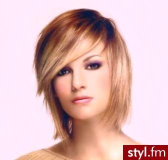 fryzura zdjecia. Fryzury - włosy średnie. fryzura zdjecia - Internetowy Katalog Fryzur IKF.com.pl, propozycje fryzur na każdą okazję np. fryzury na wesele - Średnie Fryzury