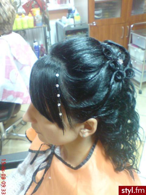 Fryzury Wieczorowe Włosy Fryzury średnie Wieczorowe Czakinka 71252