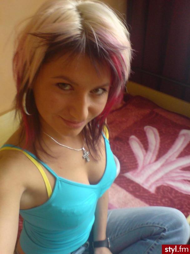 Jak wam się podoba? - Kolorowe EMO Alternatywne Średnie Fryzury