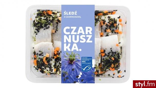 Szukasz nowych smaków w noworocznej diecie? Wypróbuj śledzie z superfoods od Mirko - te z czarnuszką są w wygodnym opakowaniu, które możesz wziąć gdziekolwiek chcesz. www.mirko.pl - Kuchnia