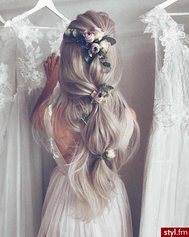 Blond Upięcie Kręcone Na co dzień Długie Fryzury