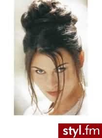 fryzury wieczorowe zdjęcia. Fryzury ślubne, wieczorowe. fryzury wieczorowe zdjęcia - Internetowy Katalog Fryzur IKF.com.pl, propozycje fryzur na każdą okazję np. proste fryzury - Ślubne Średnie Fryzury