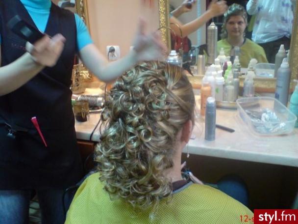 Fryzury ślubne Włosy Fryzury średnie ślubne Czakinka 71286
